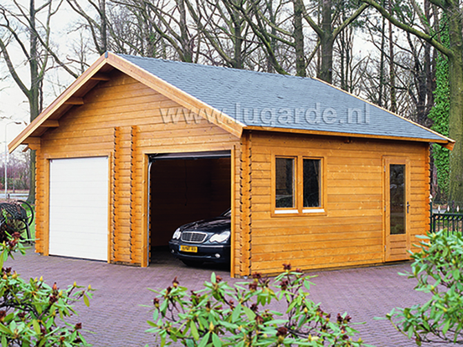 Image 1 - Garage en madriers emboités