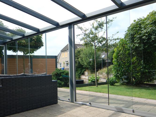 jardin d 39 hiver en aluminium environnement bois. Black Bedroom Furniture Sets. Home Design Ideas