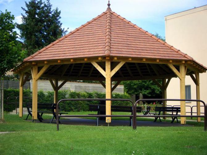 kiosque en bois hexagonal elegant kiosque en bois hexagonal with kiosque en bois hexagonal. Black Bedroom Furniture Sets. Home Design Ideas