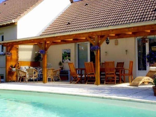 pr au pergolas couvertes couverture de terrasse appentis pergolas motoris es environnement. Black Bedroom Furniture Sets. Home Design Ideas